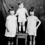 הילדים של יהודית ומשה פיסצקי מצד ימין לאה, דוד ואידא.